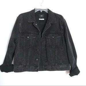 b37cd2d98 Urban Outfitters BDG oversized Denim jacket Jean L